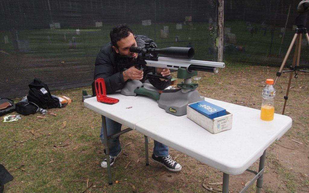 Primeros rifles para FT a 16 julios en el club…. 2013